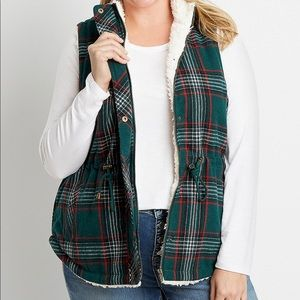 Maurice's green Plaid Sherpa Vest  sz Small